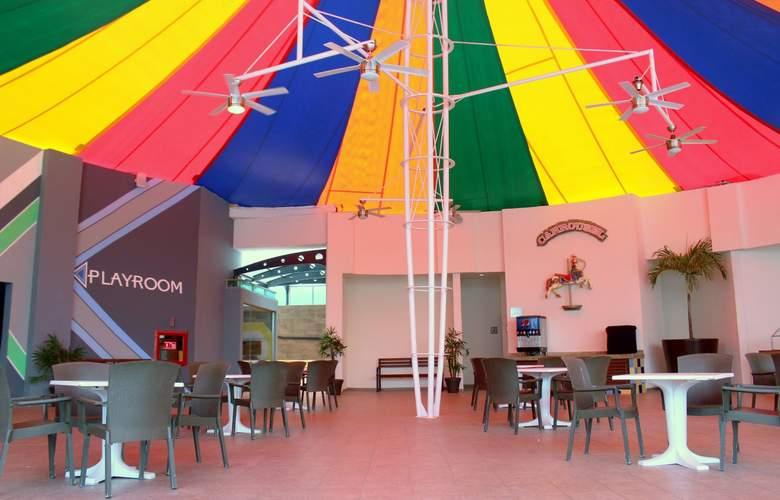 Seadust Cancún Family Resort - Bar - 33