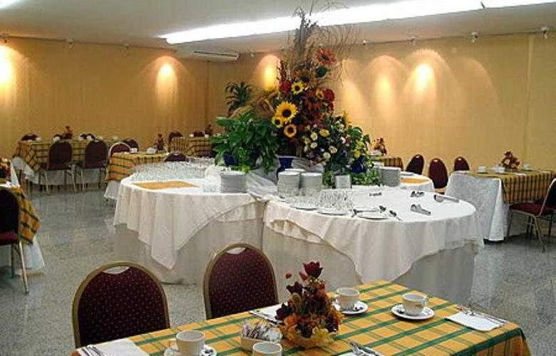 Cristal Palace - Restaurant - 8