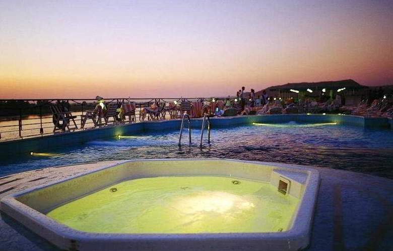M/S Grand Princess Nile Cruise (aswan) - Pool - 5