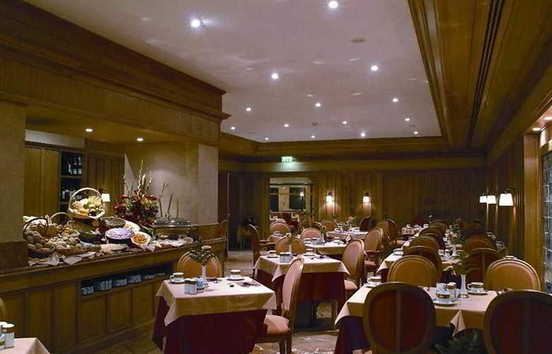Real Palacio - Restaurant - 5