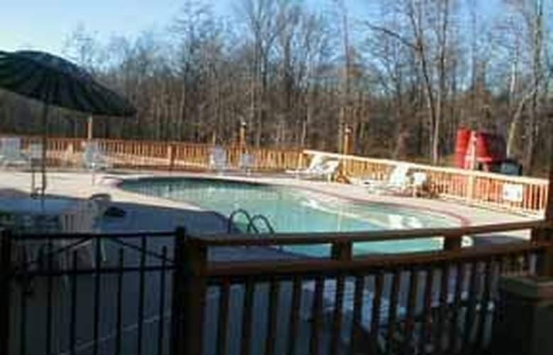 Comfort Inn UNCC - Pool - 5