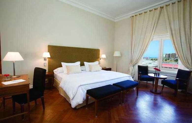 NH Gran Hotel Provincial - Room - 4
