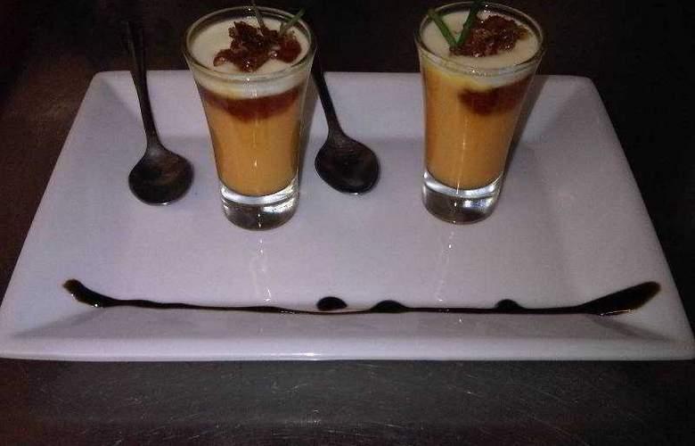 La Villa - Restaurant - 33
