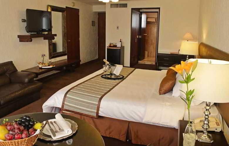 El Condado Miraflores Hotel & Suites - Room - 15
