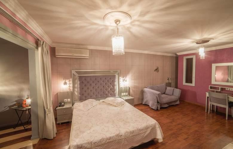 Delphi Art Hotel - Room - 5