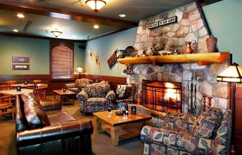 Marmot Lodge - Bar - 21