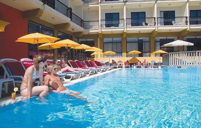 Bella Vista - Pool - 4