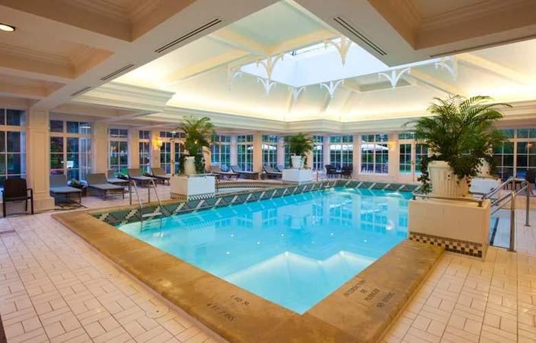 Disneyland Hotel - Pool - 4