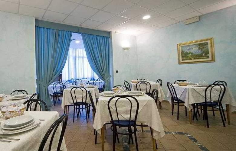 Savina - Restaurant - 6