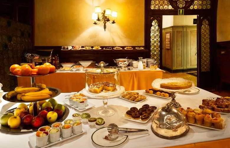 Saturnia and International - Restaurant - 12