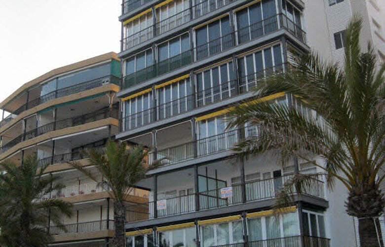 Apartamentos Acantilados - Hotel - 2