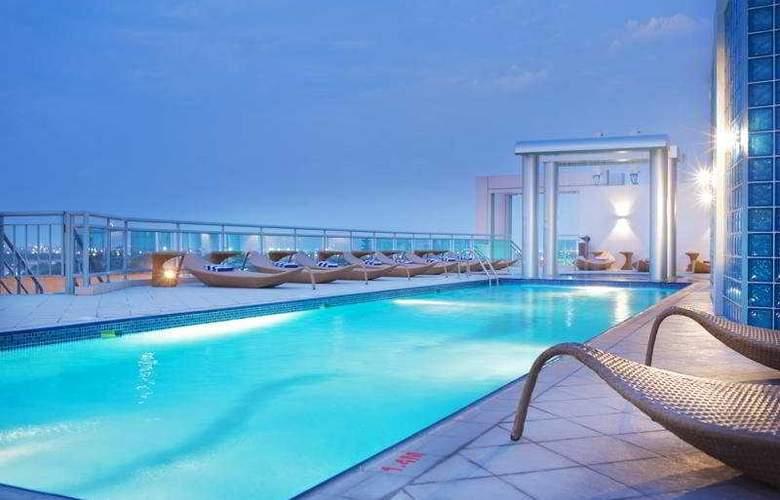 Holiday Inn Dubai Al Barsha - Pool - 5