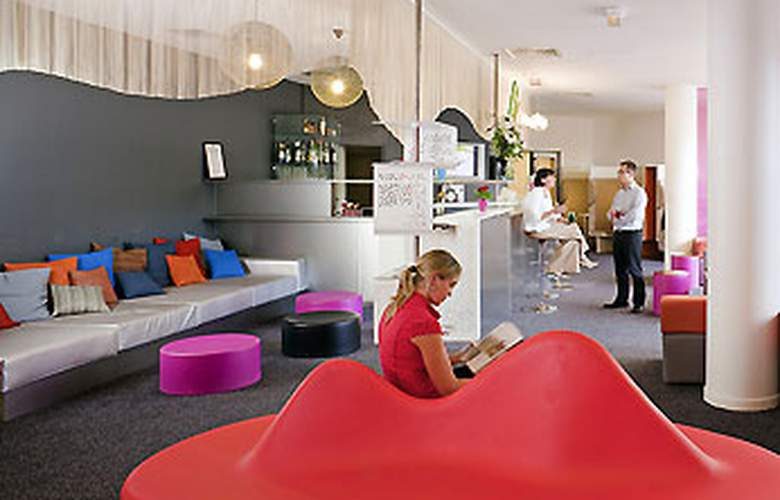 ibis Styles Paris Bercy - Bar - 3
