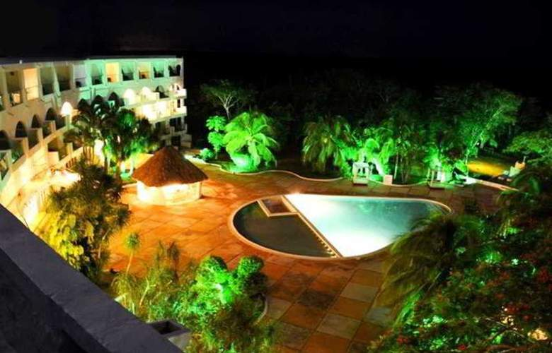 Uxmal Resort Maya - Pool - 11