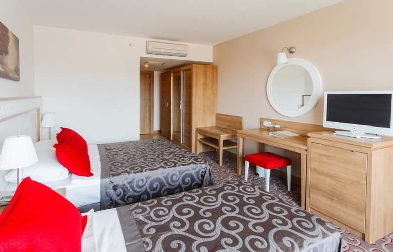 Galeri Hotel - Room - 11