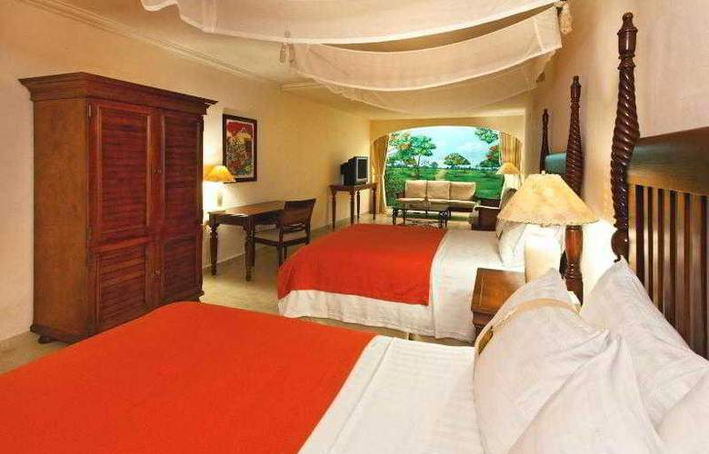 Holiday Inn Merida - Room - 26