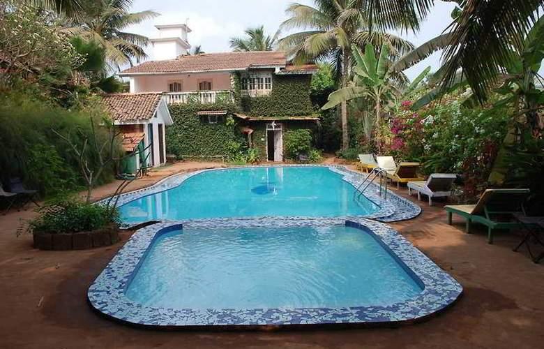 Cavala The Sea Side Resort - Pool - 1