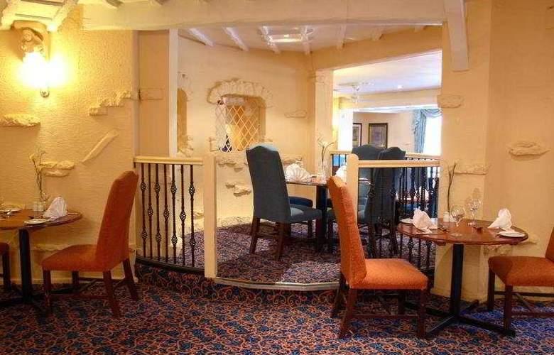 Menzies Baron's Court - Restaurant - 7