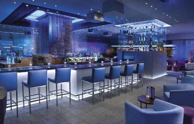 Luxor Hotel and Casino - Bar - 7