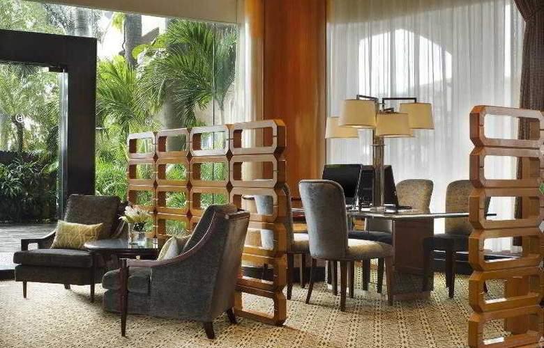 Sheraton Surabaya - Hotel - 7