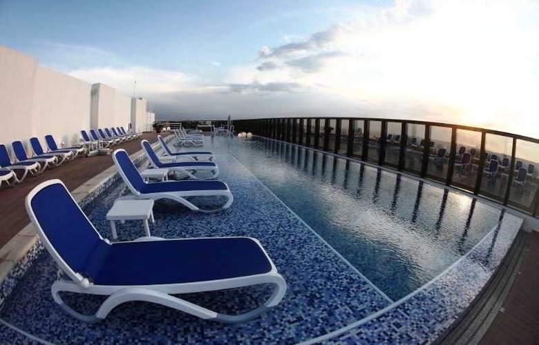 Bourbon Conmebol Hotel - Pool - 1