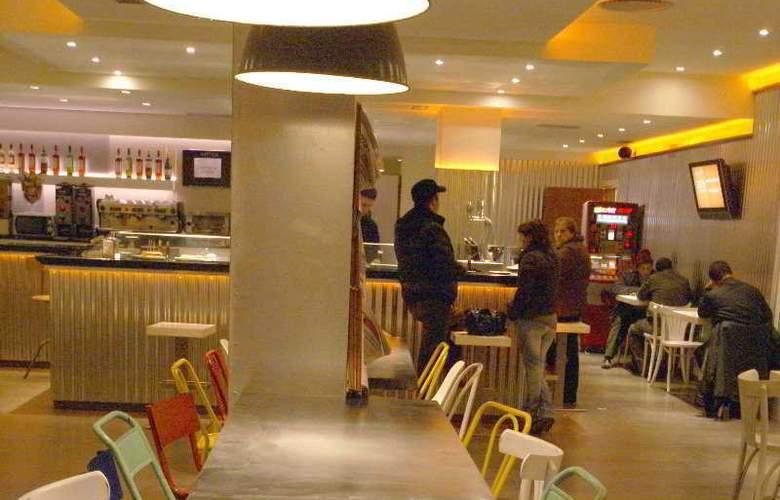 Pamplona Plaza - Bar - 5