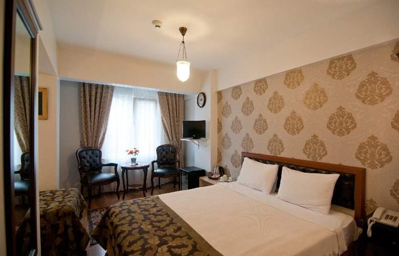 Noahs Ark Hotel - Room - 7
