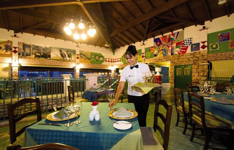 Memories Holguin - Restaurant - 27