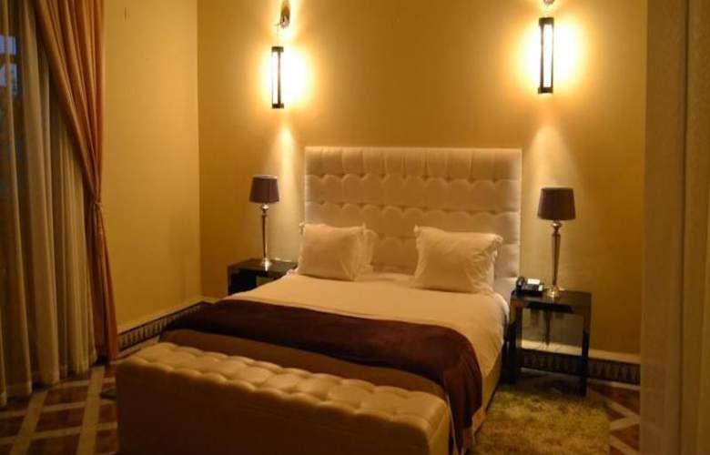 De La Corniche - Room - 5