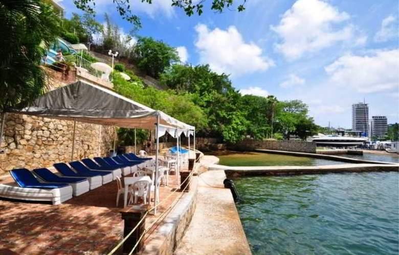 Alba Suites Acapulco - Beach - 12