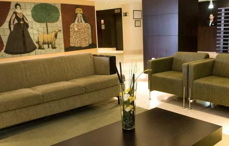 NH Imperial Playa - Room - 9