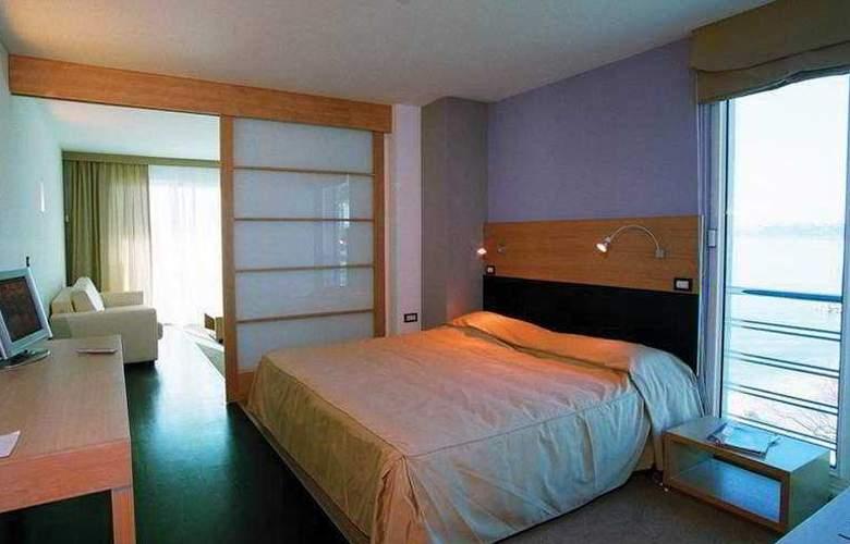 San Antonio - Room - 2