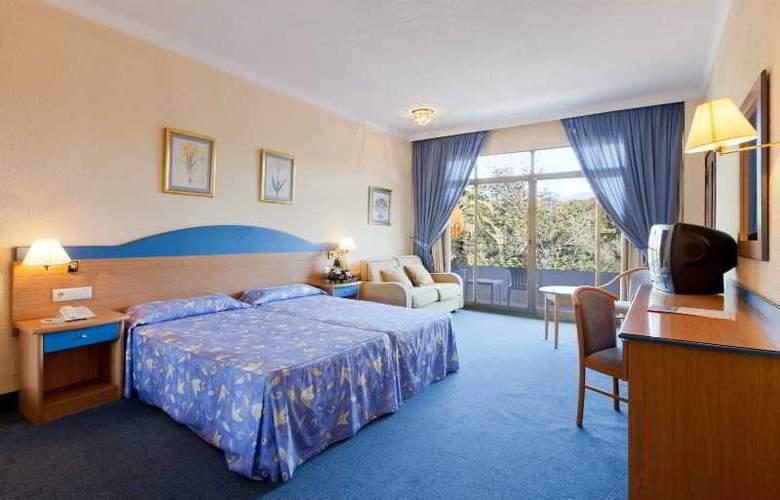 Sol Marbella Estepona Atalaya Park - Room - 13