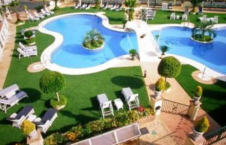 Gran Hotel Benahavis - Pool - 6