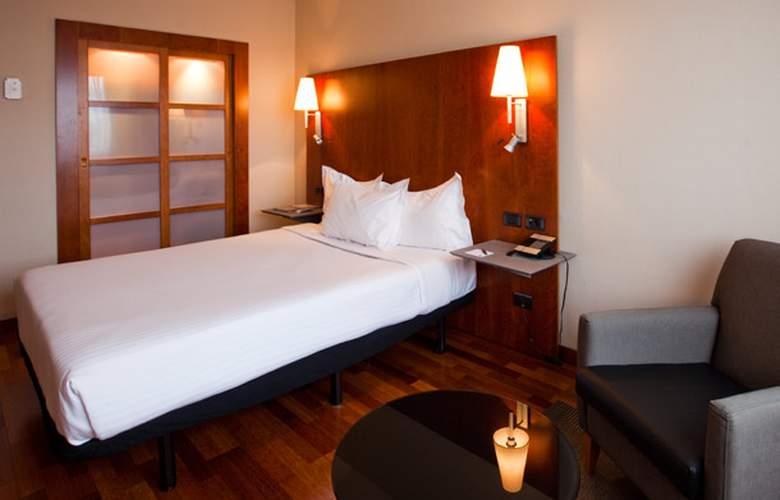 AC Guadalajara - Room - 2