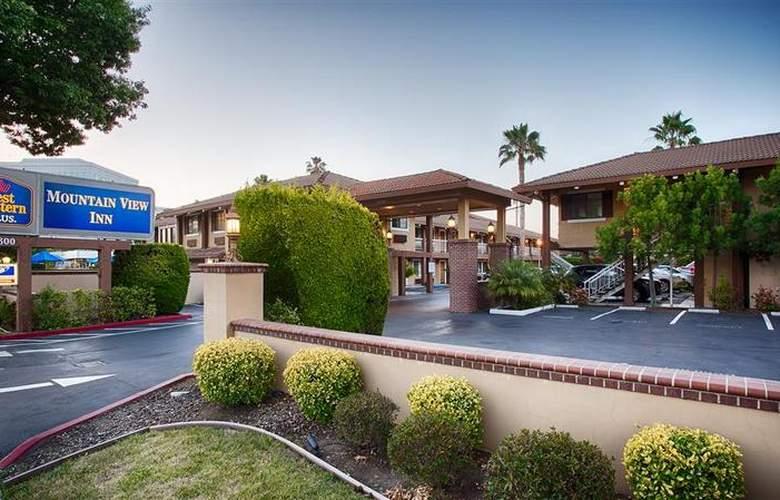 Best Western Plus Mountain View Inn - Hotel - 28