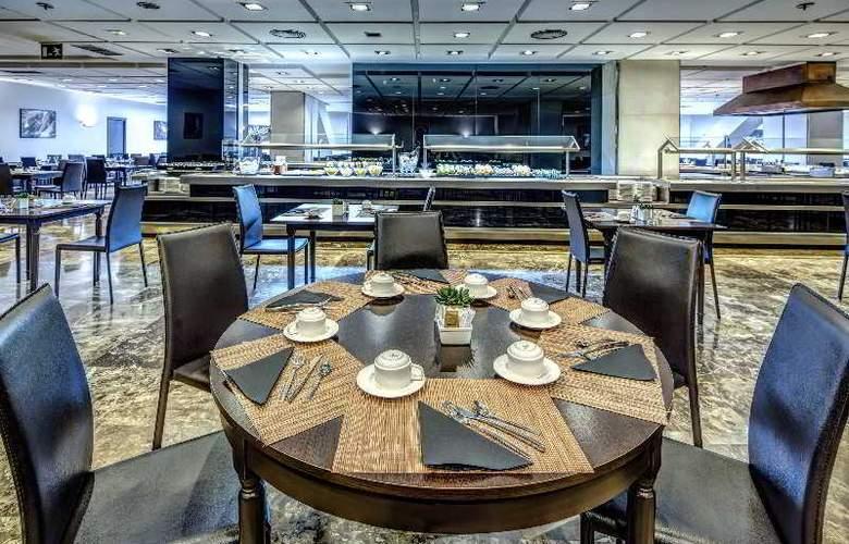 Meliá Lebreros - Restaurant - 41
