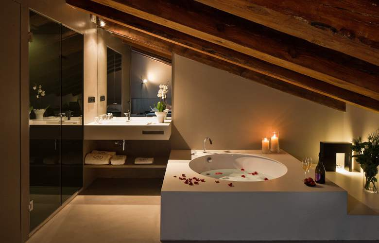 Caro Hotel - Room - 8