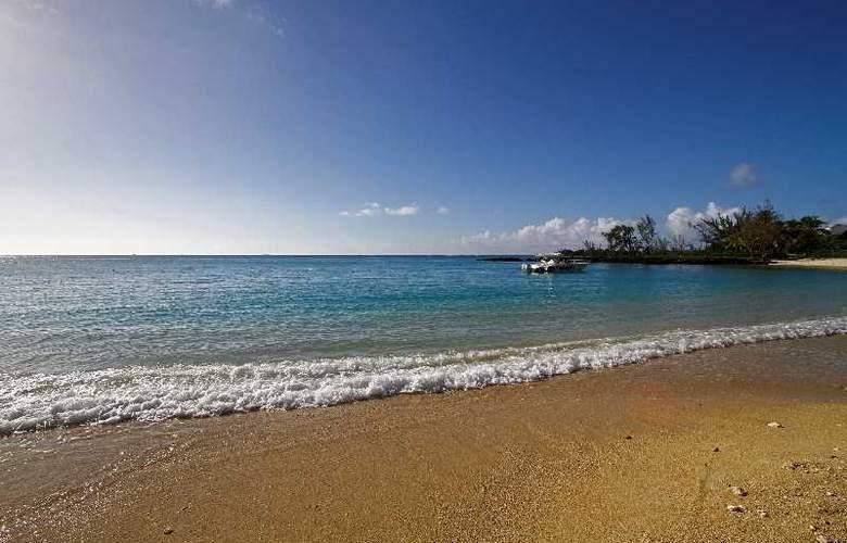 Hibiscus Beach Resort & Spa - Hotel - 0