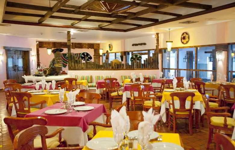 Be Live Hamaca Beach - Restaurant - 14
