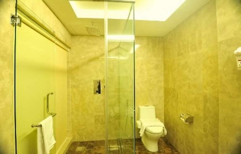 Hallmark Crown Hotel - Hotel - 9