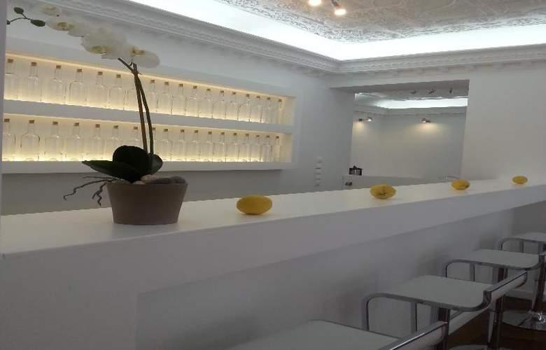 Apollon Boutique Hotel - Bar - 3