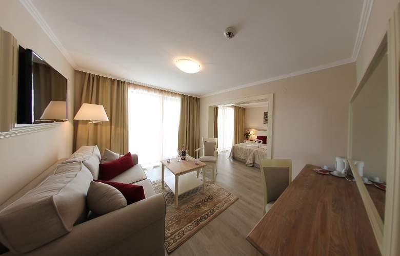 White Rock Castle, Suite hotel - Room - 2
