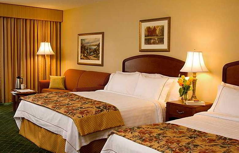 Courtyard by Marriott Toronto Airport - Room - 0
