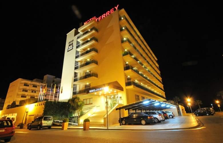 Hotel Monterrey Roses by Pierre & Vacances - Hotel - 10