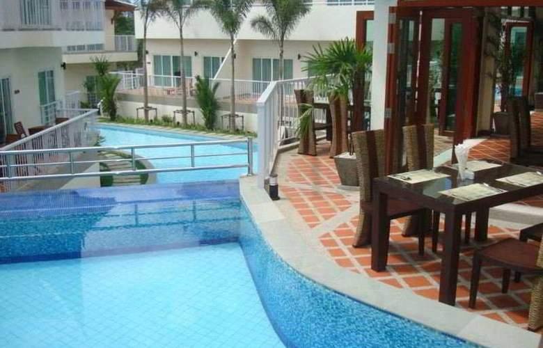 Dewa Karon Beach Phuket - Pool - 9