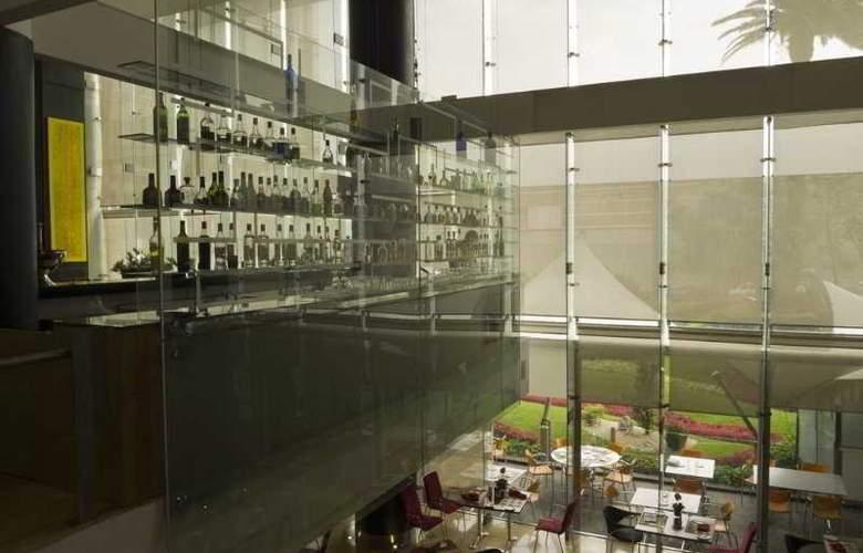 DoubleTree by Hilton Hotel México City Santa Fe - Bar - 34