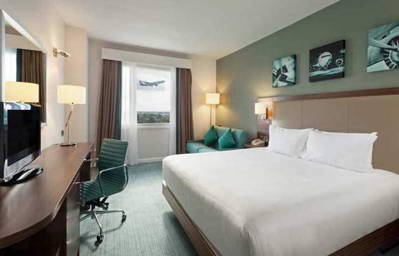 Hilton Garden Inn London Heathrow Airport - Hotel - 5