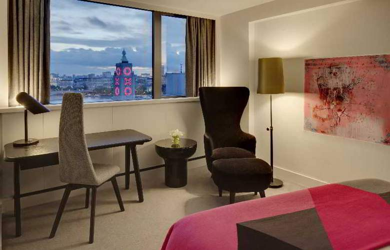 Mondrian London - Room - 15