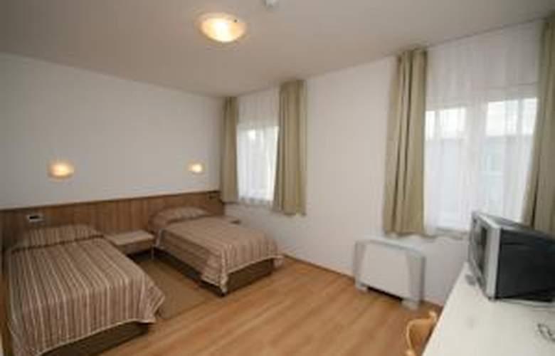 Porto - Room - 6